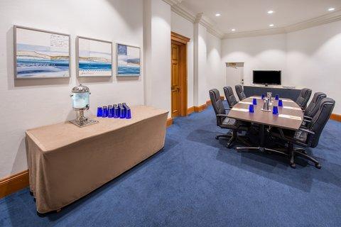 Crowne Plaza TERRIGAL - Board Room