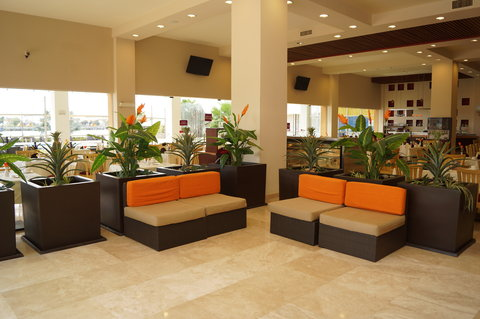 Crowne Plaza TUXPAN - Restaurant Tambuc entrance