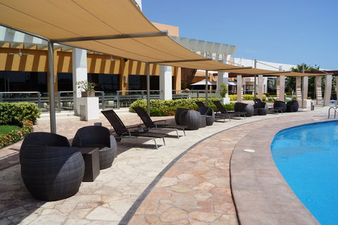Crowne Plaza TUXPAN - Pool area sunshade