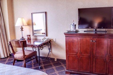 Omni Austin at SouthPark Hotel - Guestroom