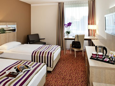 Mercure Hotel Hamburg am Volkspark (ex Novotel Hamburg Arena) - Guest Room