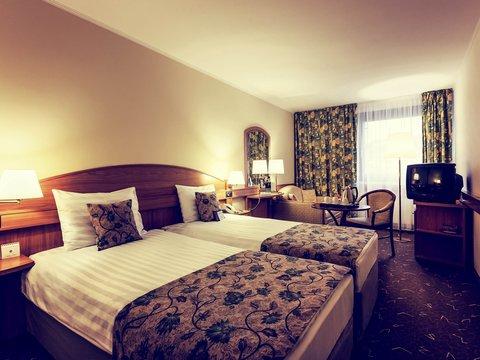 Mercure Budapest Buda Hotel - Guest Room