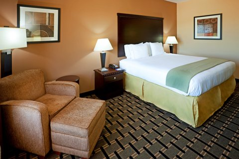 Holiday Inn Express & Suites DALLAS CENTRAL MARKET CENTER - King Bed Guest Room
