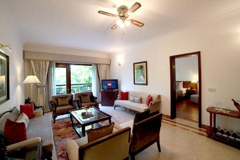 Jaypee Palace - Suite Living Area