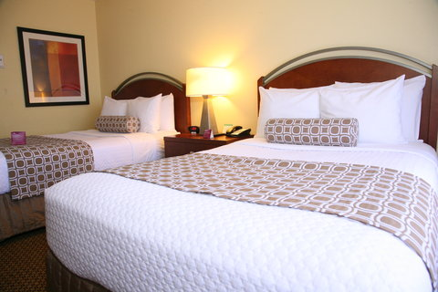 Crowne Plaza Suites ARLINGTON - BALLPARK - STADIUM - Double Bed Room