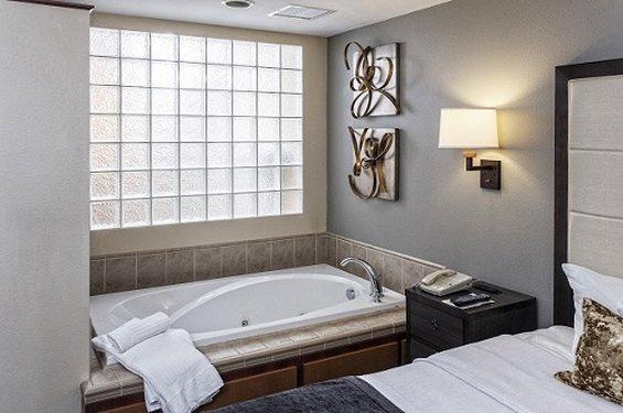 London place apartments in menasha wi 54952 citysearch for American motor inn appleton wi