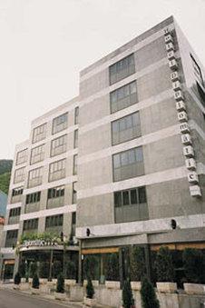 Diplomatic Hotel