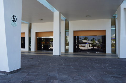 Crowne Plaza TUXPAN - Main entrance