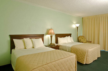 Boca Raton Plaza Hotel & Suites - Room