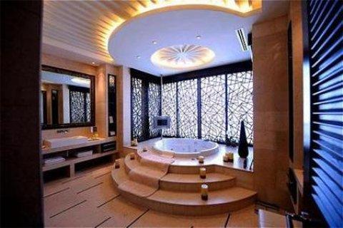 Raffles Dubai - Bath Presidential Suite