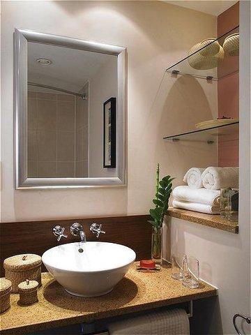 فندق ستيبردج سيتي ستار - Staybridge Suites-Cairo One-Bedroom Suite Bathroom