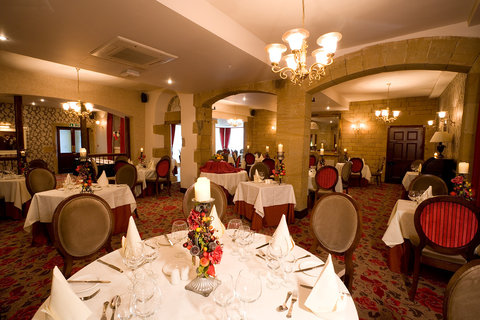 Ringwood Hall Hotel - Coach House Dinning Room