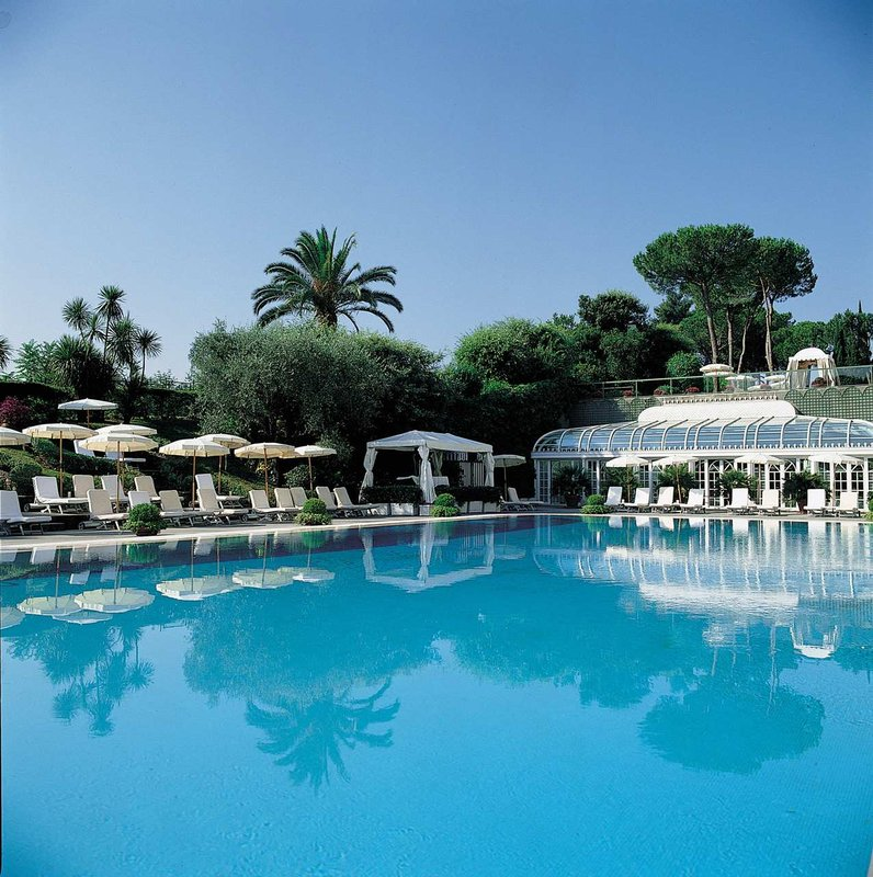 Rome Cavalieri, Waldorf Astoria Hotels & Resorts Piscine
