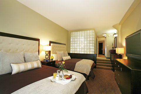 Atheneum Suite Hotel Summit Hotels and Resorts - Deluxe Guest Room