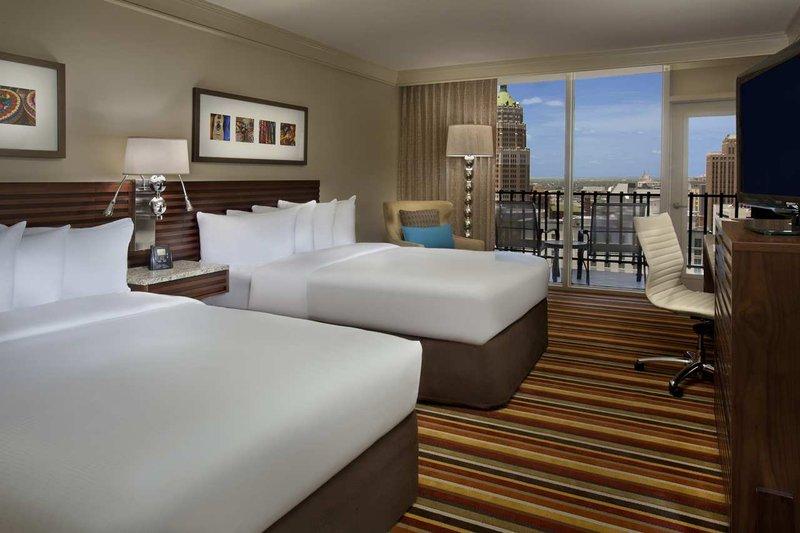 Hilton Palacio Del Rio 客室