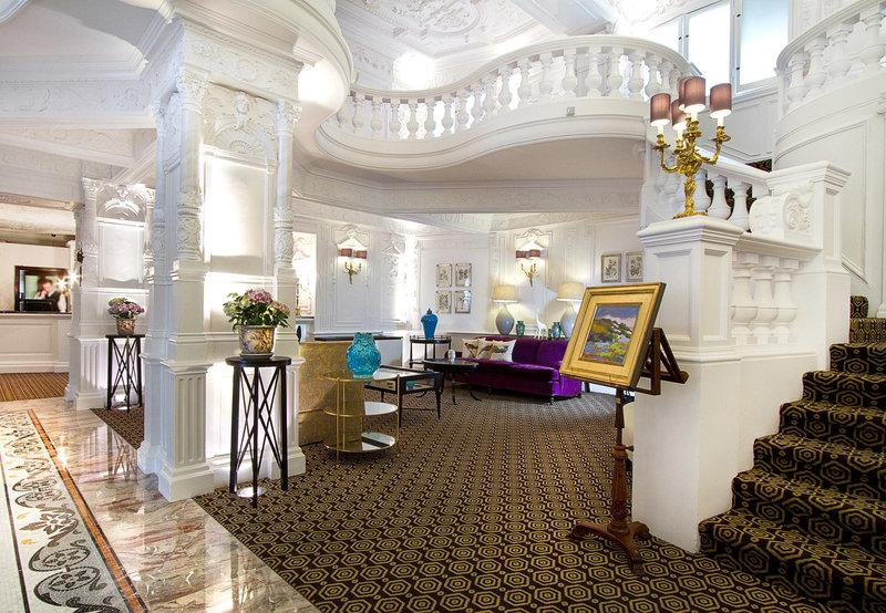 St Ermin's Hotel Aula