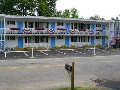 Weirs Beach Motel And Cottages - Laconia, NH
