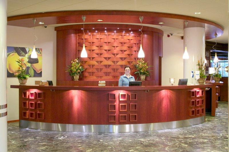 Cumulus Hotel Koskikatu Lobby