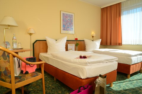 Comfort Hotel Lichtenberg - NON REFUNDABLE ROOM - Twin Bed Room