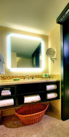 Sunset Key Guest Cottages, A Westin Resort - Standard Bathroom