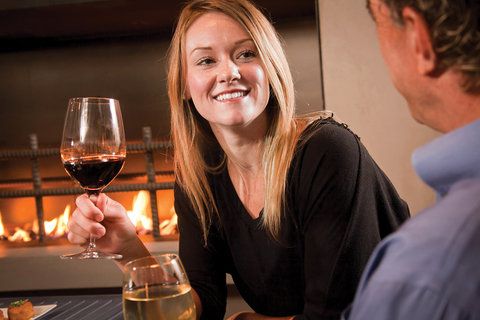 Wine & Roses Hotel Restaurant Spa - Towne House Lounge Patio Close