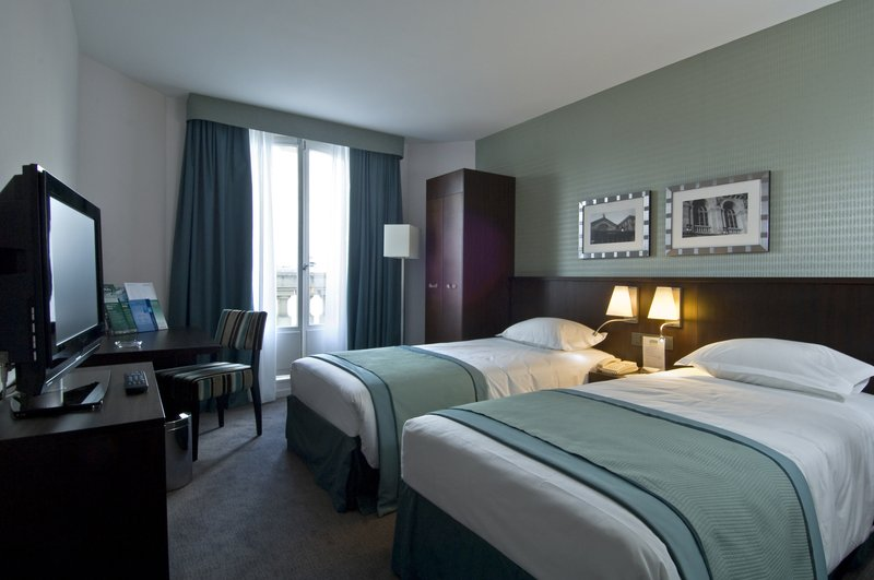 Holiday Inn Paris-Gare de L'est Zimmeransicht