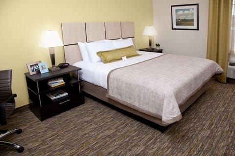 Candlewood Suites Odessa Hotel - One Bedroom Suite