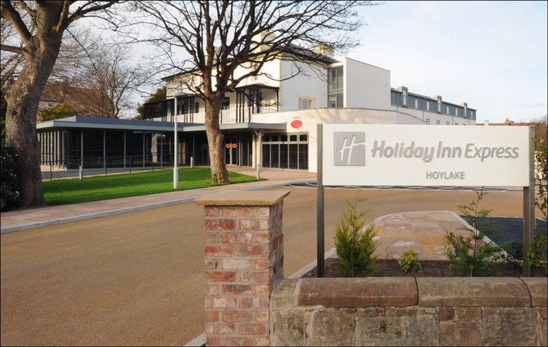 Holiday Inn Express Liverpool - Hoylake Vue extérieure