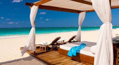 The Ritz-Carlton, Grand Cayman - Beach