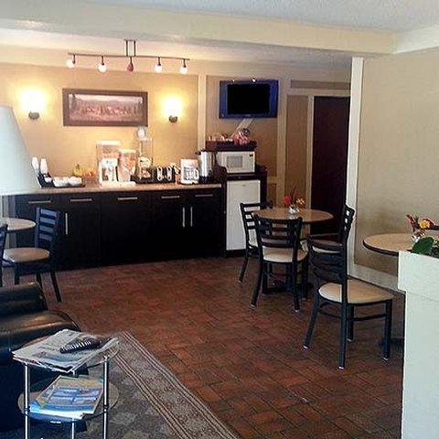 Executive Inn Webster City - Executive Inn Webster City Breakfast