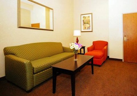 Comfort Inn & Suites Kenosha - WIG