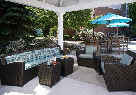 Residence Inn Chicago Waukegan/Gurnee - Outdoor Patio