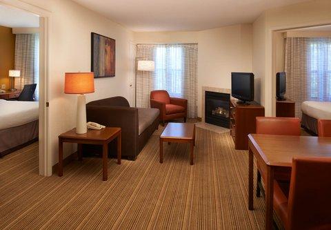 Residence Inn Chicago Waukegan/Gurnee - Two-Bedroom Suite