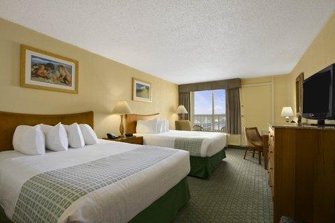 Ramada Plaza Nags Head Oceanfront - Guest Room