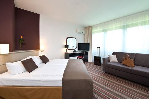 Leonardo Inn Hotel Hamburg Airport - Comfort Room