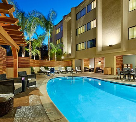 Country Inn & Suites Calabasas - Calabasas, CA