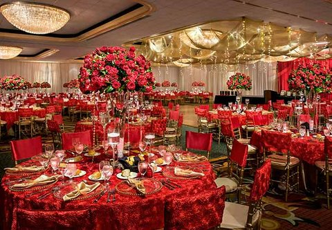 Teaneck Marriott at Glenpointe - Ballroom - Social Set-Up