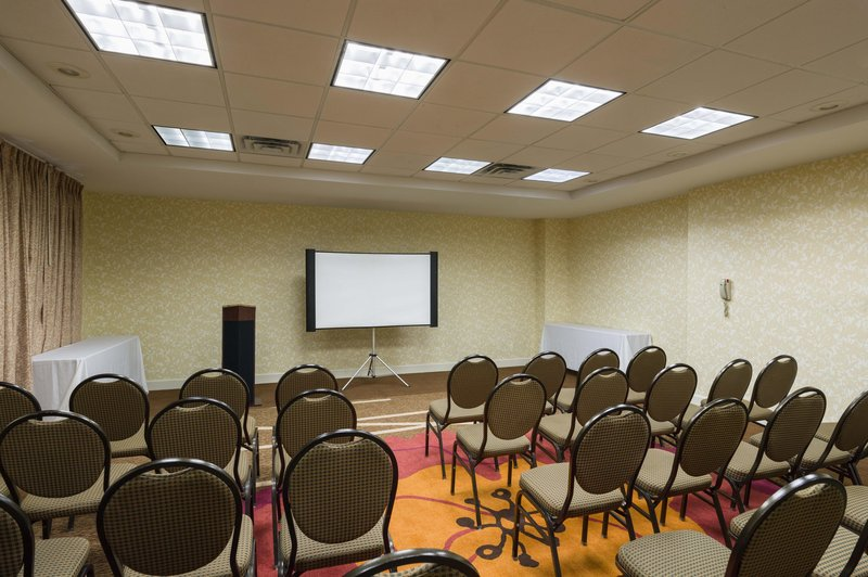 Hilton Garden Inn Queens/JFK Airport 会议厅
