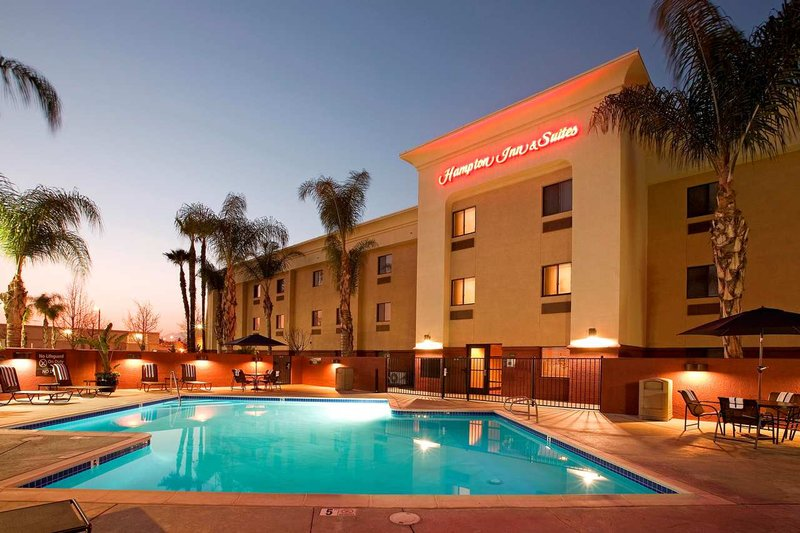 Hampton Inn & Suites Colton/San Bernardino, CA Vista exterior