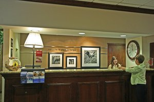 Lobby - Hampton Inn & Suites on the Parkway Pigeon Forge