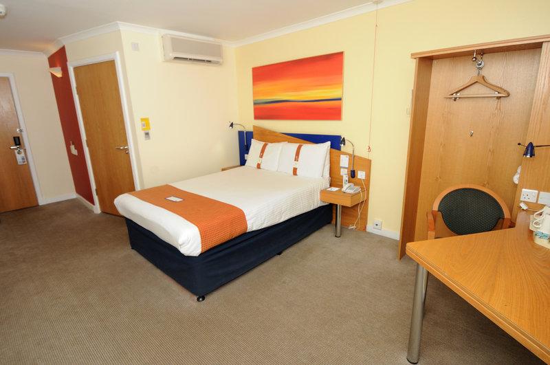 Holiday Inn Express Glasgow City-Riverside 客房视图