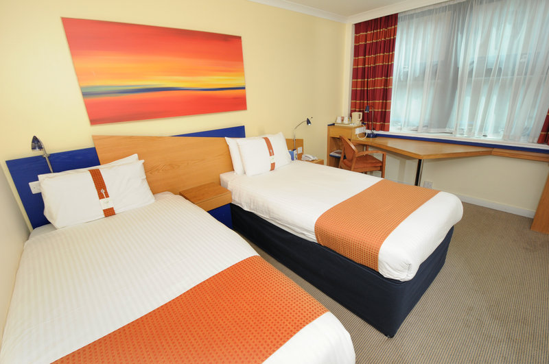 Holiday Inn Express Glasgow City-Riverside 客房视图