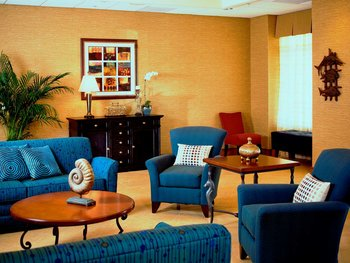 Homewood Suites by Hilton - Lobby