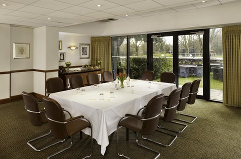 Doubletree by Hilton Hotel Cambridge City Centre - Cayley Suite