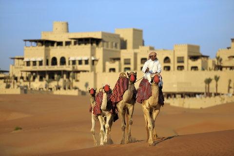 أنتارا قصر السراب منتجع الصحراء - Camel Trekking