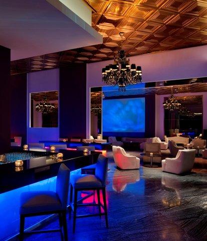 فندق العنوان مرسى دبى - Blends Bar