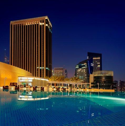 فندق العنوان مرسى دبى - Shades Pool Bar