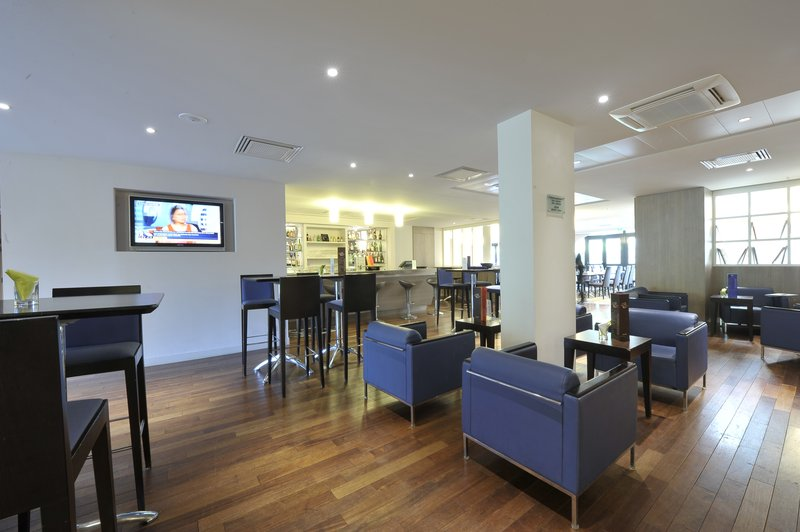 Holiday Inn Lyon-Vaise Bar/lounge