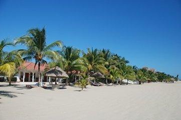 Flats at Carol's Cabanas - Beachprop Picfromhotel