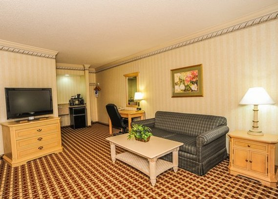 Comfort Inn & Suites - Quakertown, PA